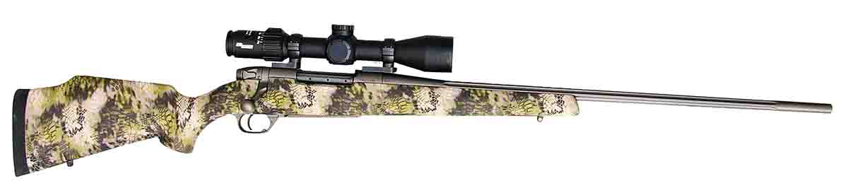 Weatherby's Mark V Altitude rifle was tested using a SIG SIERRA3BDX 4.5-14x 44mm scope.