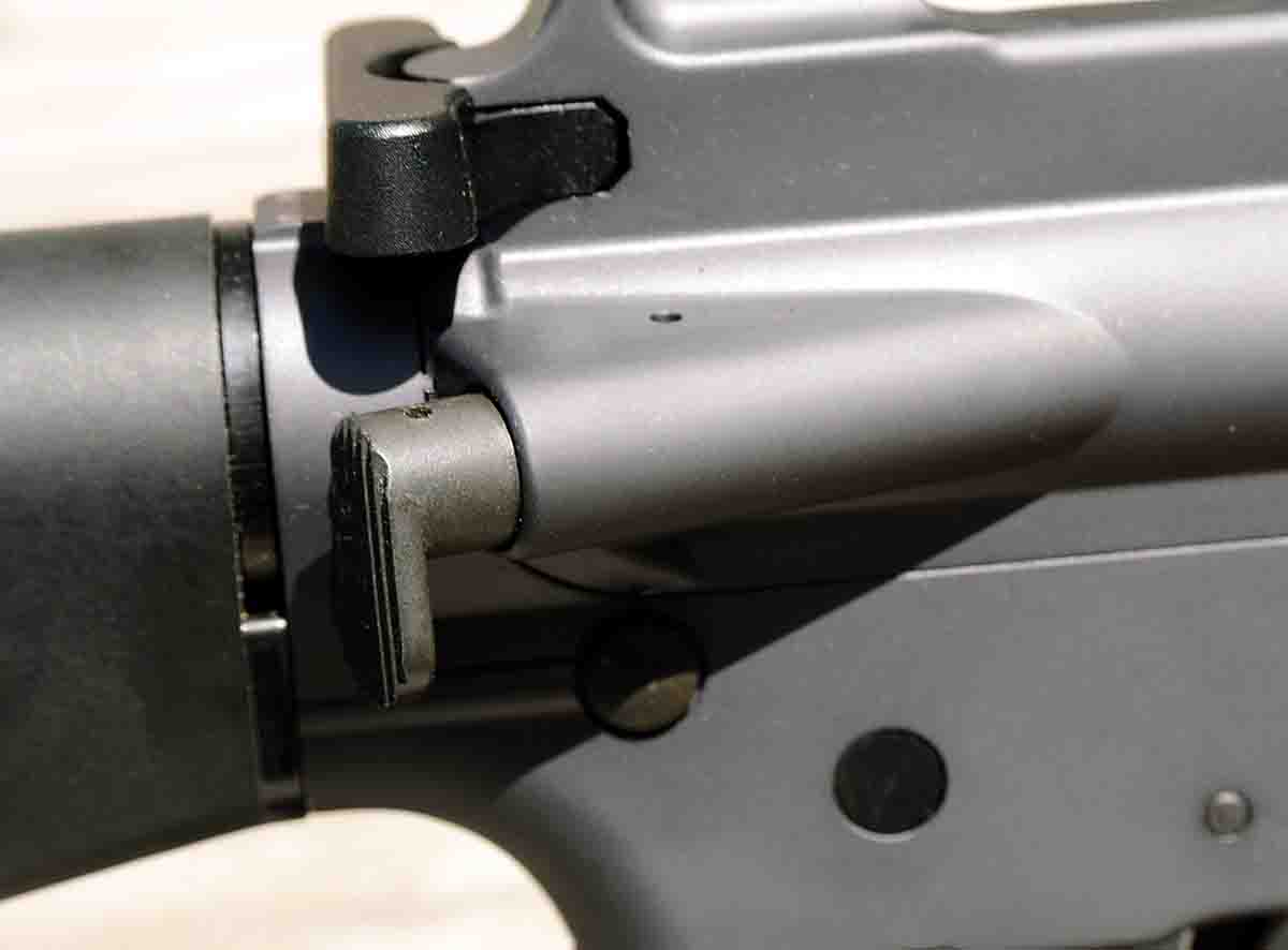 A bolt assist button was adopted with the M16A1 and is likewise found on the BRN16A1.
