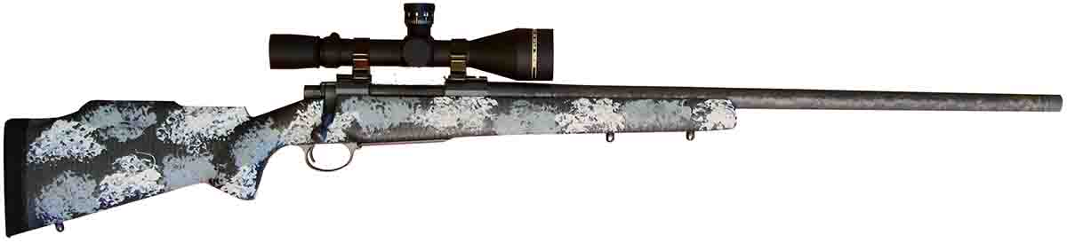 A Nosler Model 48 Long Range Carbon with a Leupold VX-3i Long RangePrecision 4.5-14x 50mm scope with a front focal plane and TMR reticlewas used to test the .27 Nosler.