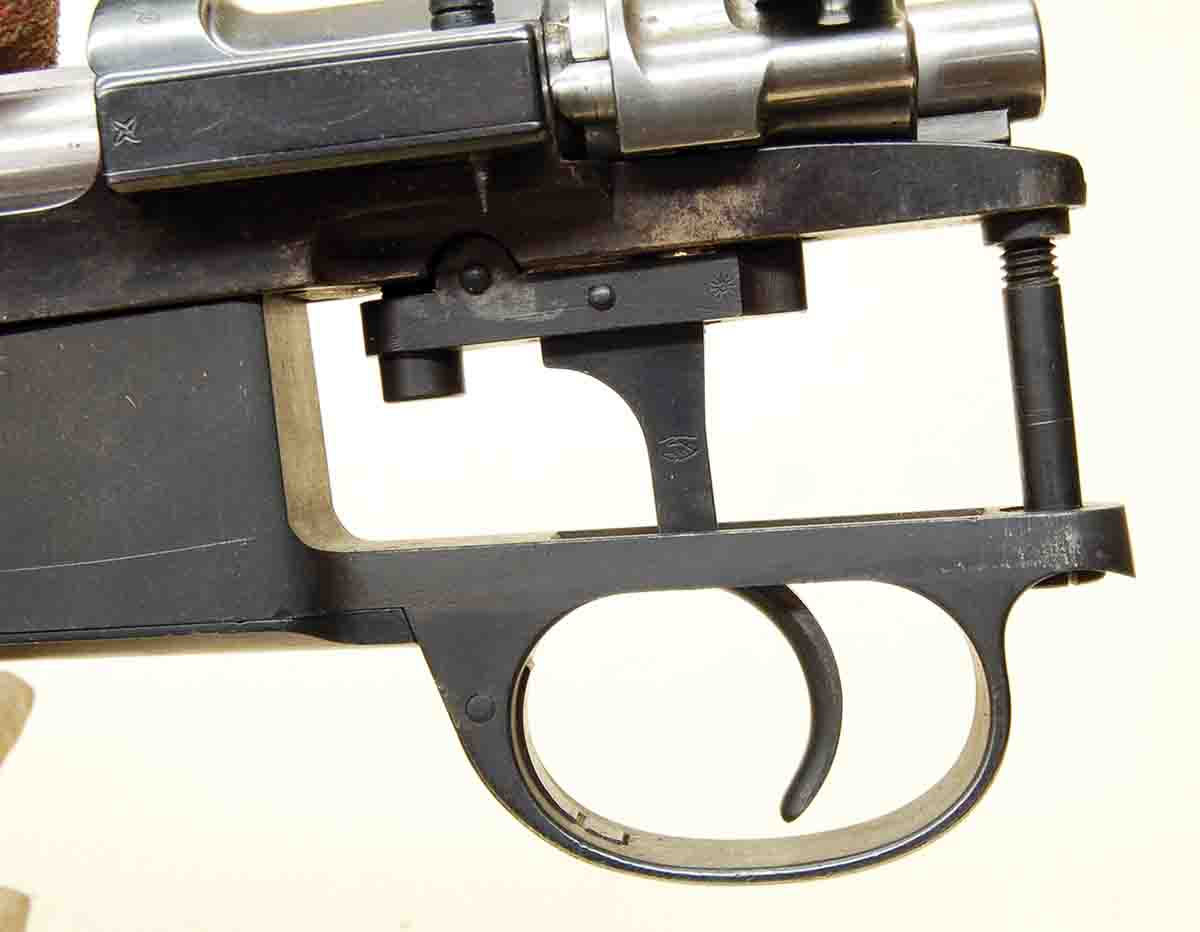 The Mauser M98 with a military trigger is simple compared to the set mechanism.